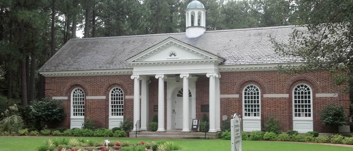 Given Memorial Library Pinehurst